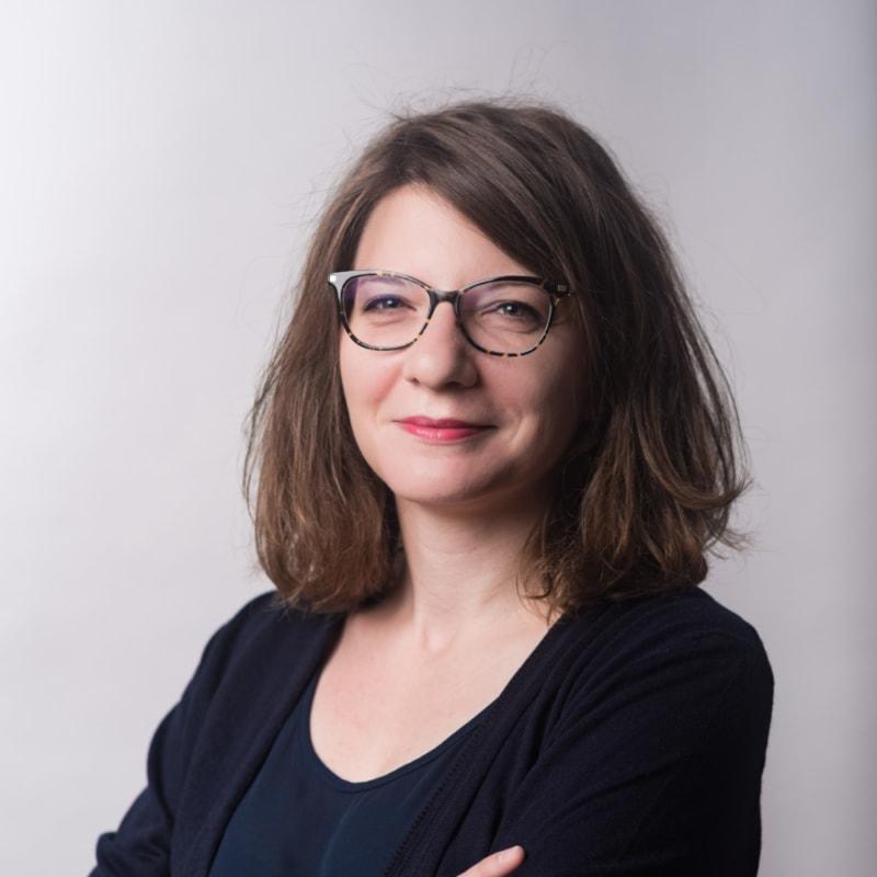 Julie BARRON